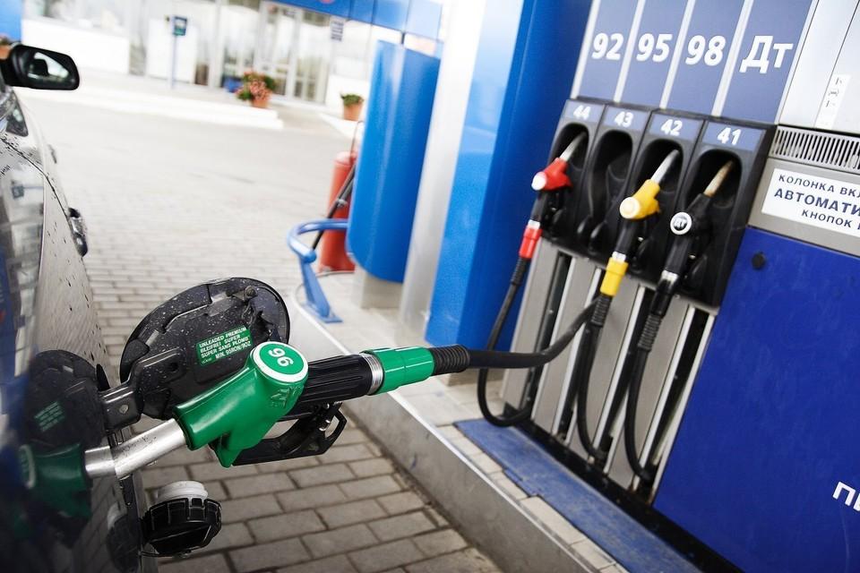 Дороже, чем ожидалось: в Молдове резко подорожало топливо на автозаправках - президент снова промолчит и отставок не будет?
