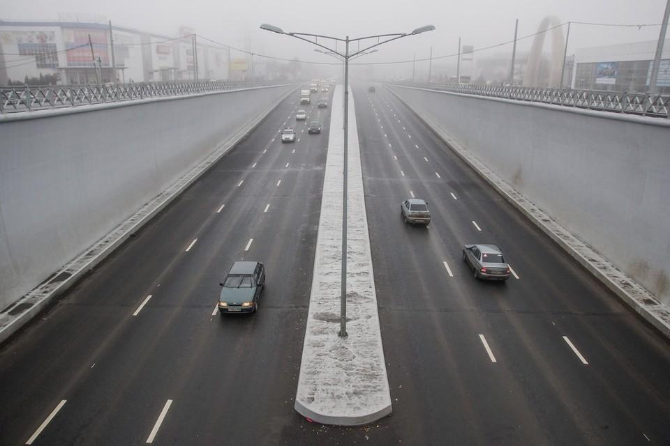 Московское шоссе регулярно ремонтируют, но покрытие снова приходит в негодность