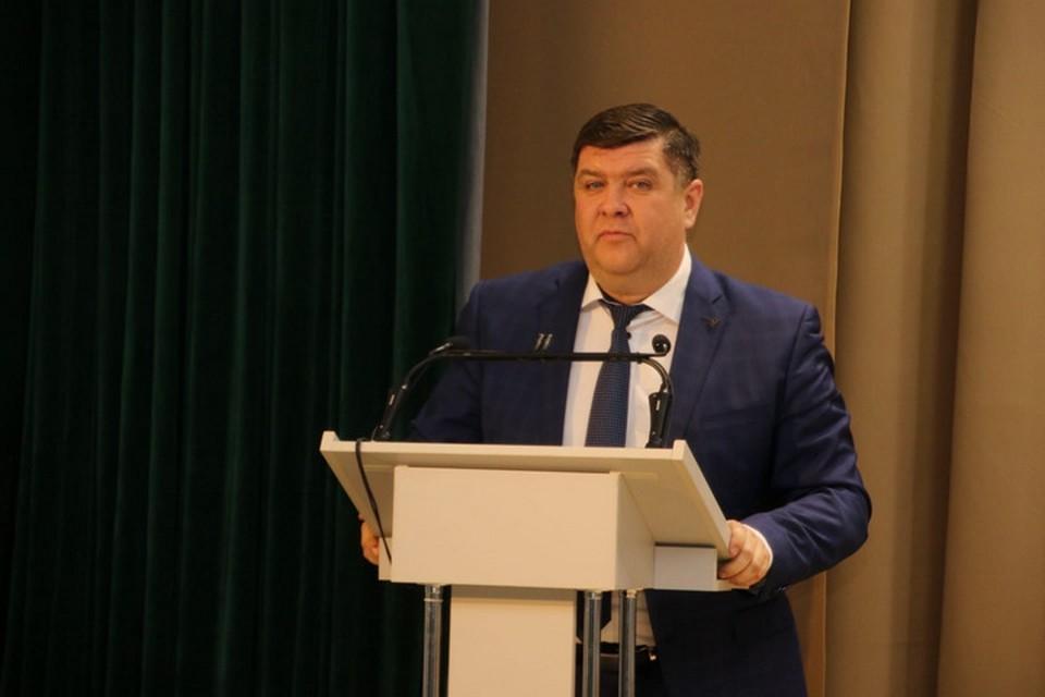Вице-премьер и министр ЖКХ Борис Беляев подозревается в превышении должностных полномочий