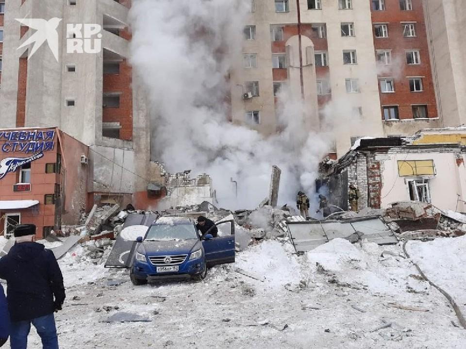 Фото с места взрыва в кафе Самурай в Нижнем Новгороде 26 февраля 2021 опубликовали очевидцы.