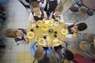 Невкусная еда и дети хотят пиццу с пельменями: В Омске после жалоб родителей проверили качество питания в школьных столовых