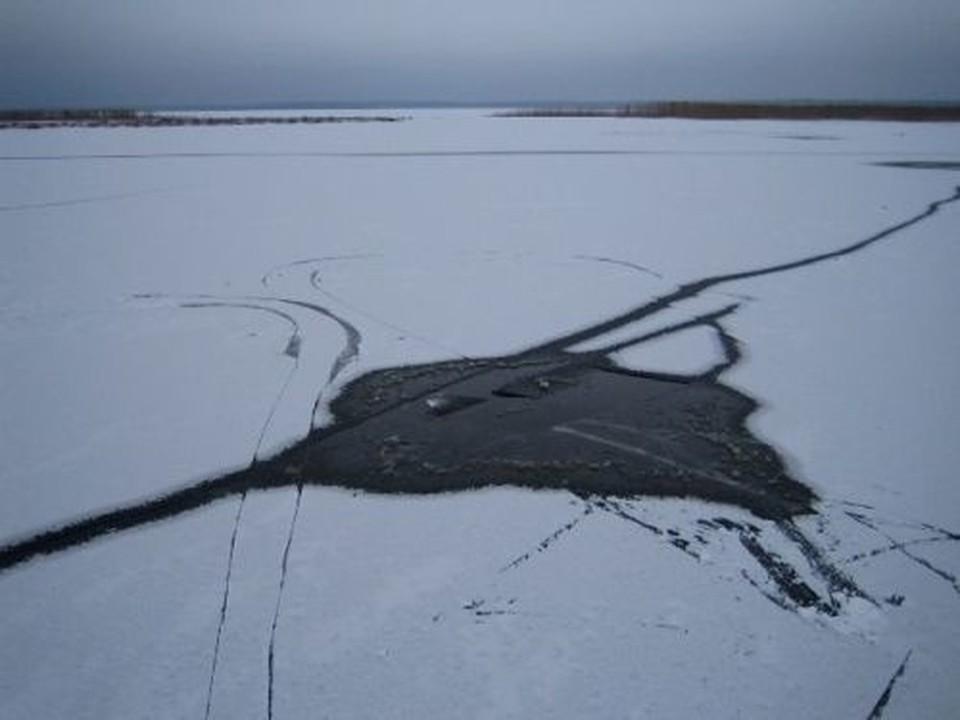 В Орле мужчина провалился под лед на Оке