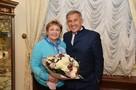 «Мое упущение – вы не позвонили, я не ответил»: Рустам Минниханов встретился с волонтером, которой Путин предложил позвонить и поздравить главу Татарстана с Днем рождения