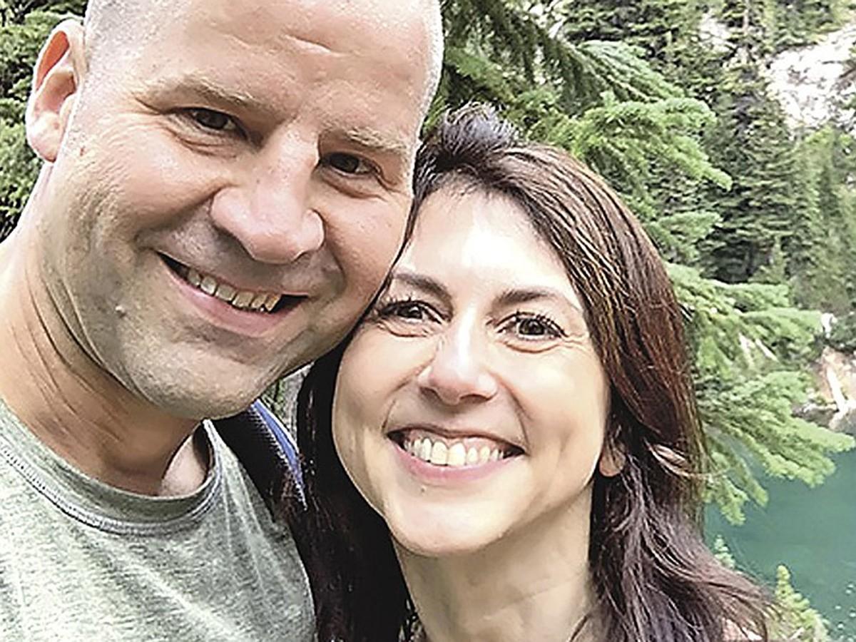Маккензи Безос и Дэн Джуэтт: Самая богатая женщина планеты вышла замуж за простого учителя