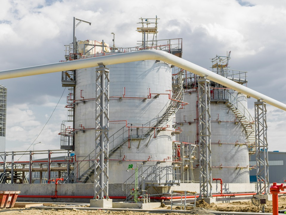 Строительство комплекса по переработке нефтяного сырья может состояться в Удмуртии, Фото: freepik.com