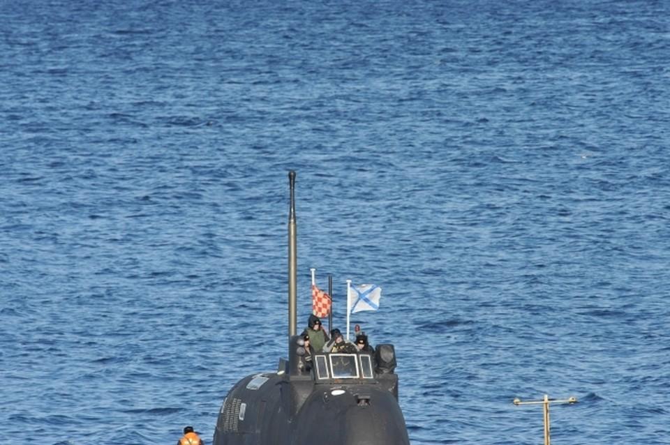 Министерство обороны РФ опубликовало кадры всплытия атомных подлодок в Арктике
