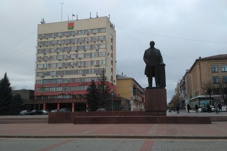 В Брянске подтвердили 42 новых случая коронавируса. Это наибольший суточный прирост заболеваемости.