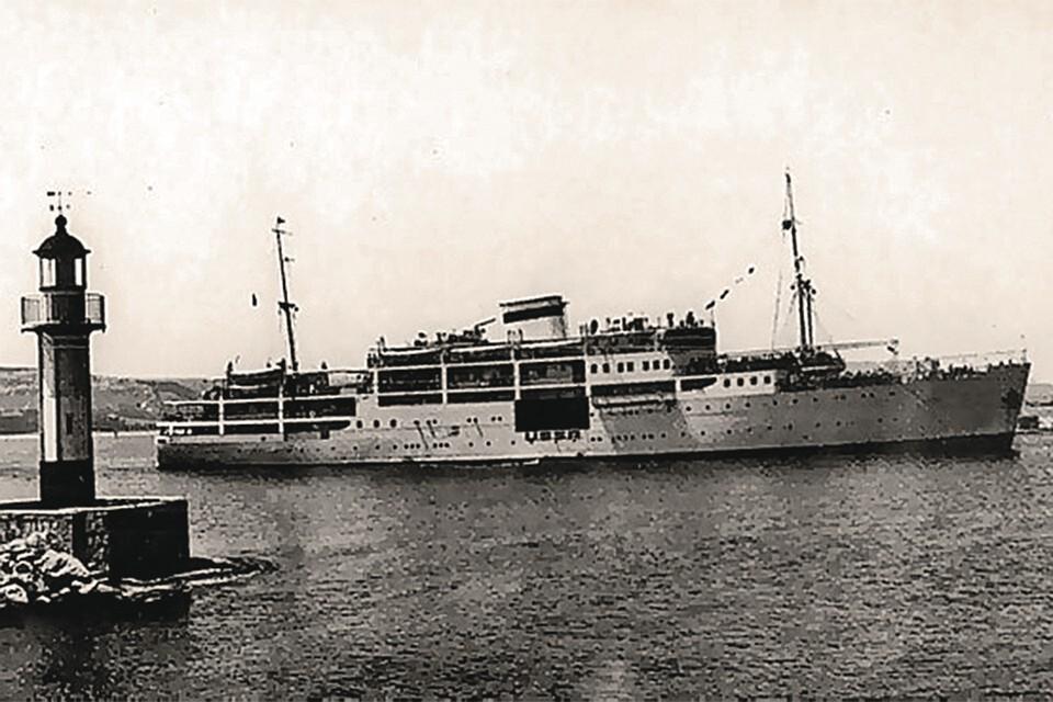 «Сванетия» была в 9 раз меньше «Титаника», а погрузилось на нее почти столько же человек.