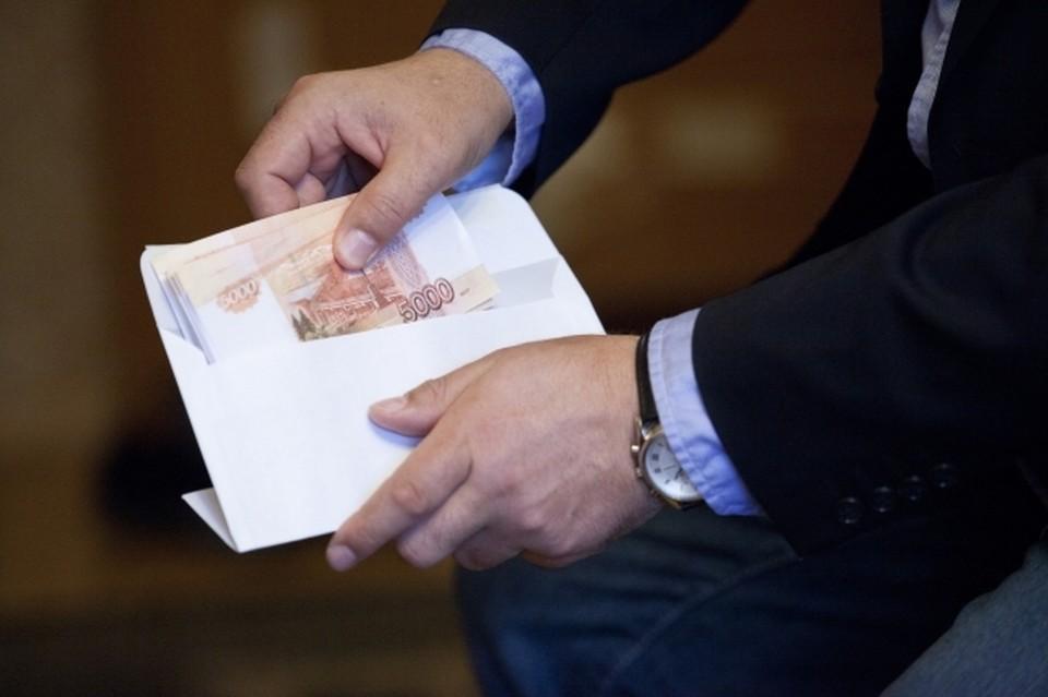 Восьмерым морякам из Приморья иностранная компания-судовладелец задолжала около 2,5 миллиона рублей