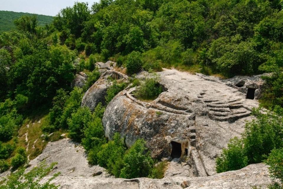 В пещерных городах в основном селились византийцы. Фото: krym4you.com