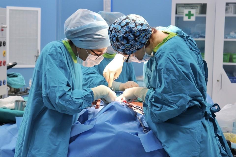 Операция длилась около трех часов. Фото департамента здравоохранения Тюменской области