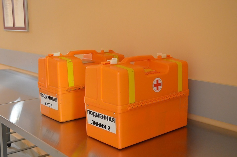 В больницах и стационарах с COVID-19 и пневмониями находится 1 127 человек