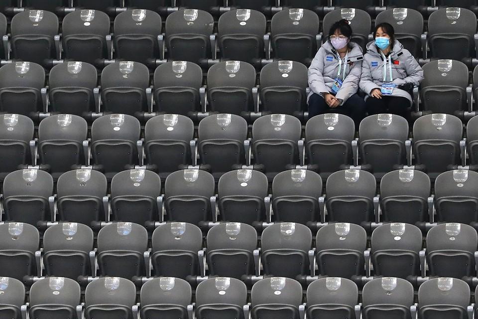 Пока разрастается скандал вокруг возможного бойкота Пекинской зимней олимпиады, в столице КНР проходят тестовые соревнования на объектах будущего спортивного праздника.