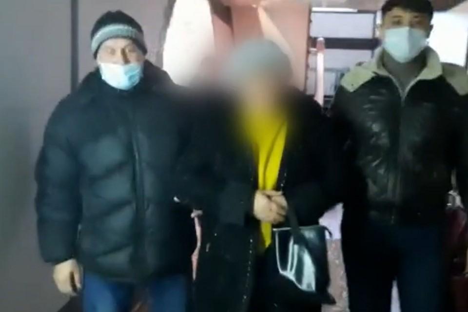 Сотрудница опеки из Иркутской области украла со счетов детей 25 миллионов рублей