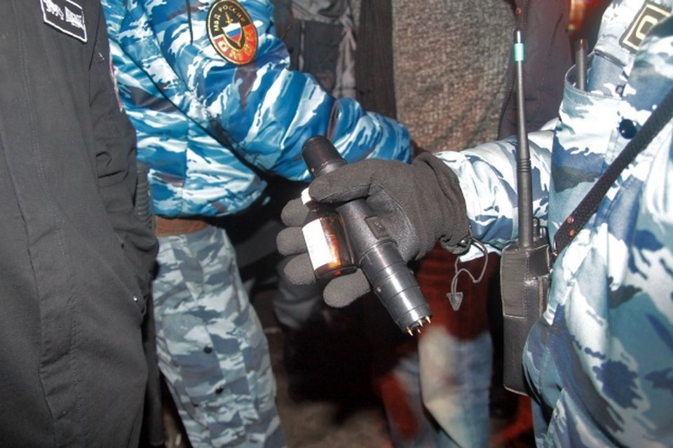 Полицейских подозревают в пытках задержанного.
