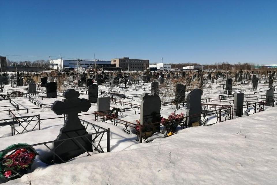 Скоро и на Осташинском кладбище не будет хватать мест.