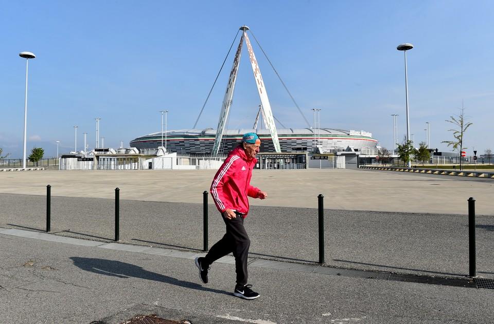 Появление нового турнира в футбольной Европе встретили в штыки. Боссы УЕФА и ФИФА уже готовят совместное заявление и подают иски против новой Суперлиги.