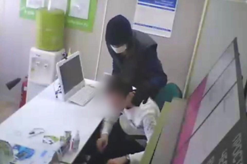 Отсидевший 39 лет в тюрьме житель Иркутской области, ограбил офис микрозаймов