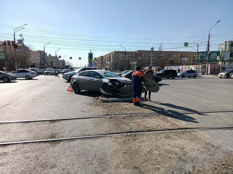 В центре города произошла серьезная авария. Фото: пресс-службе Госавтоинспекции