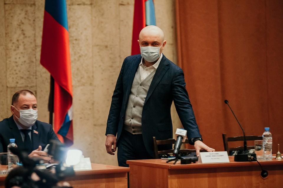 В горсовете разбирали ситуацию с высказываниями депутата Рыбакова о мэре