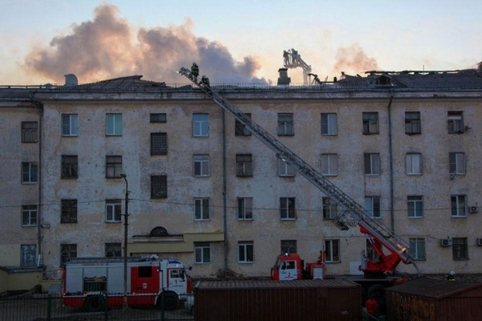 Пожар тушили 25 огнеборцев. Фото: vk.com/cov_112