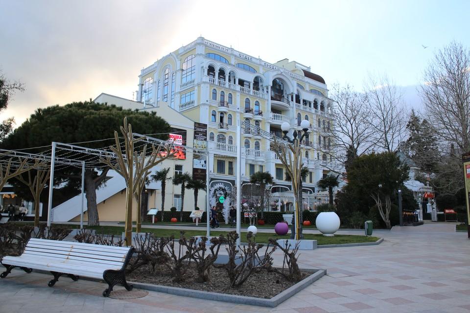 В Ялте недешевые отели и гостиницы.