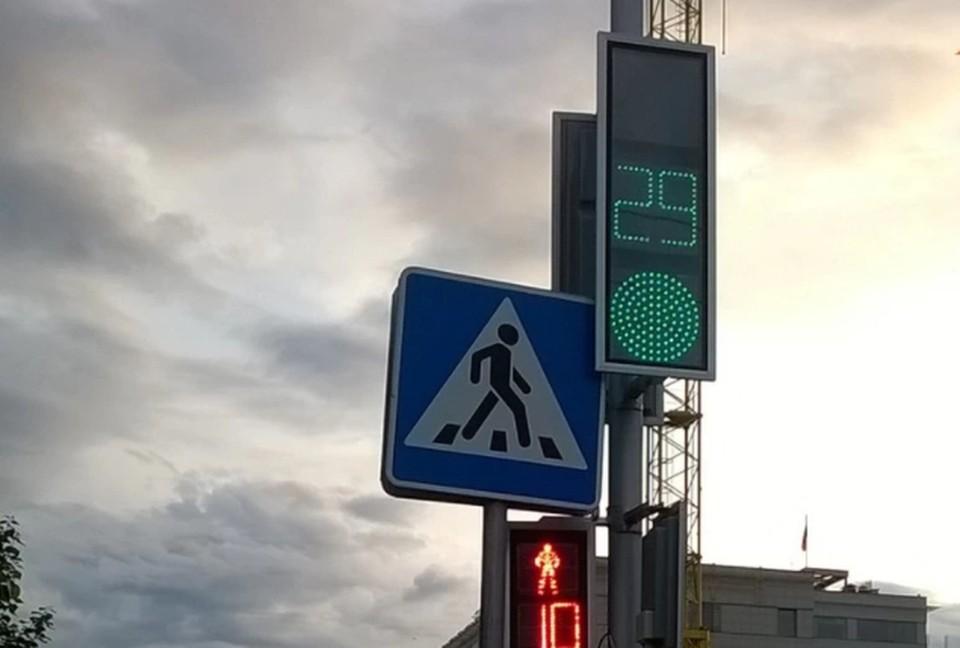 В основном, светофоры в Барнауле работают в автоматическом режиме.
