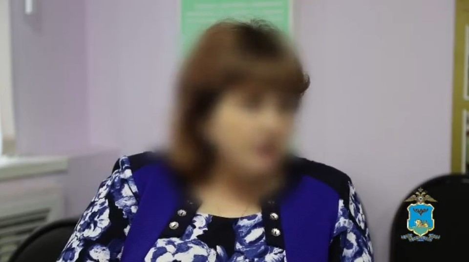 Услышав в трубке монотонный мужской голос, жительница Белгородского района продиктовала поступившие в смс-сообщениях коды безопасности.