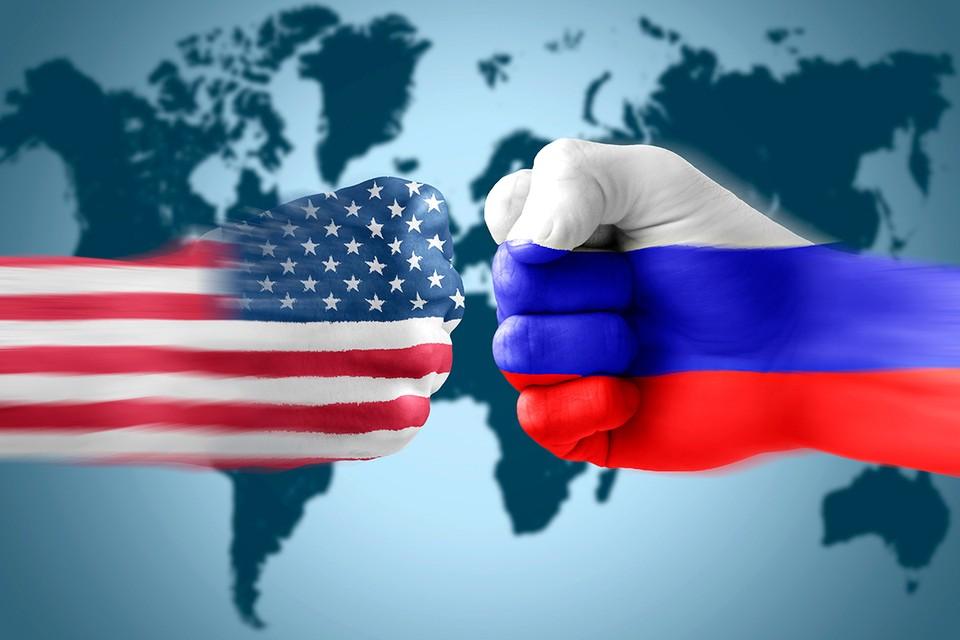 Запад мир и Россия находятся в состоянии холодной войны, как во времена СССР.