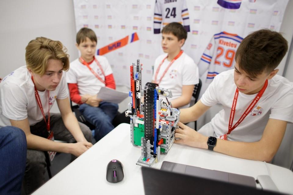 Национальный чемпионат по робототехнике стартовал в Нижнем Новгороде 23 апреля