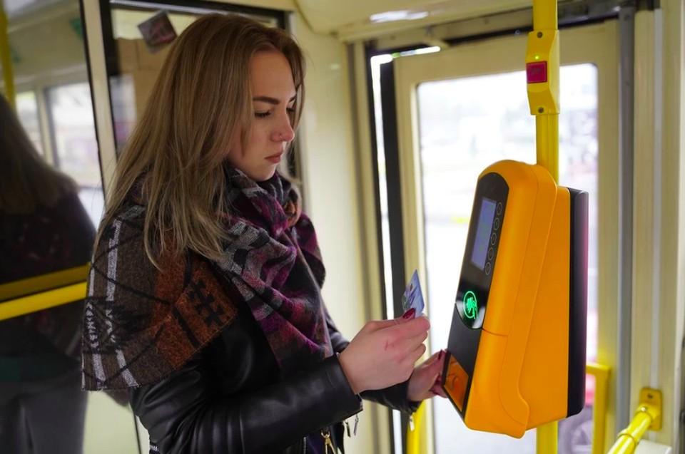 Новые валидаторы с печатью билетов установили в семи автобусных маршрутах Нижнего Новгорода