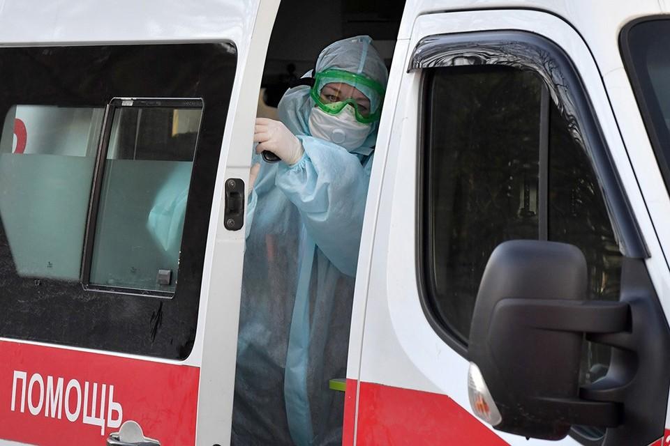 Смертность среди людей с коронавирусом в Беларуси уже долгое время остается на одном уровне