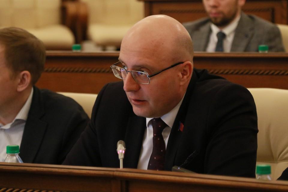 Он планирует поделиться с коллегами своим взглядом на перспективы развития Барнаула и Алтайского края