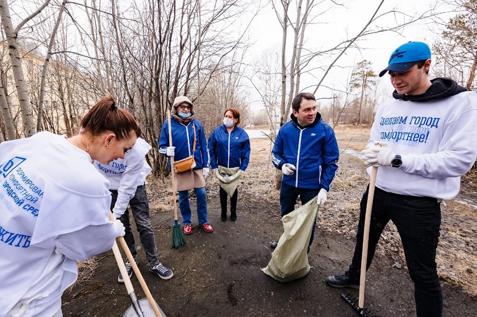 При поддержке регионального отделения партии сформирован отряд волонтеров более чем из 300 человек, определены и закреплены точки локаций. Фото: Пресс-служба ЕР