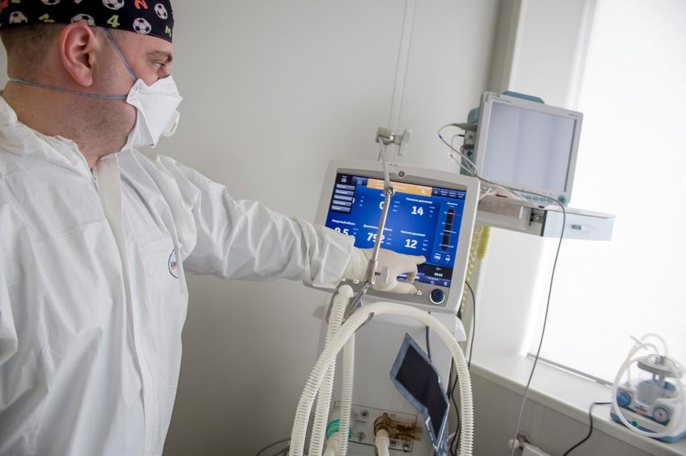 За время пандемии умерли 2 574 южноуральцев, больных коронавирусом