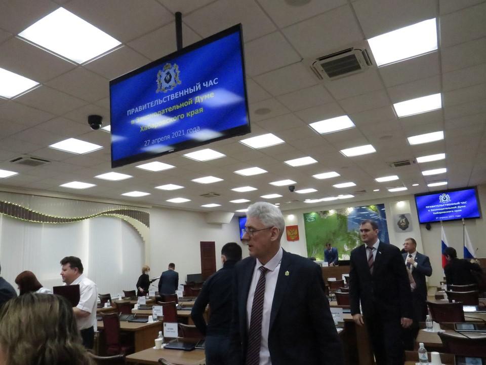 Виктор Калашников отчитался на «Парламентском часе»
