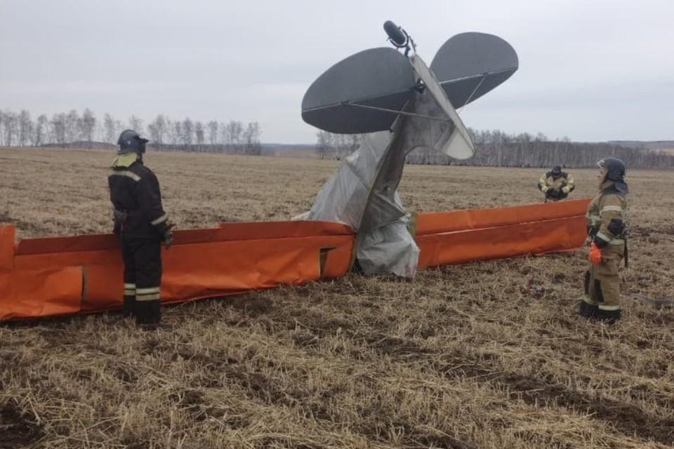 Стали известны причины падения легкомоторного самолета в Иркутской области. Фото: ГУ МЧС по Иркутской области