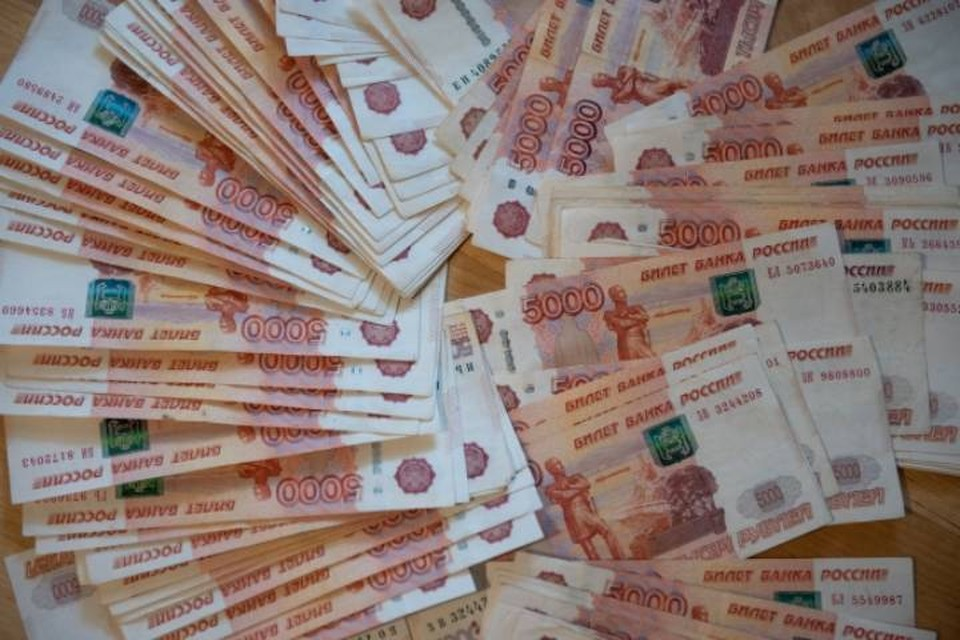 За первый квартал 2021 года управляющие компании заплатили почти 18 млн рублей за вовремя неубранные от снега и сосулек крыши.