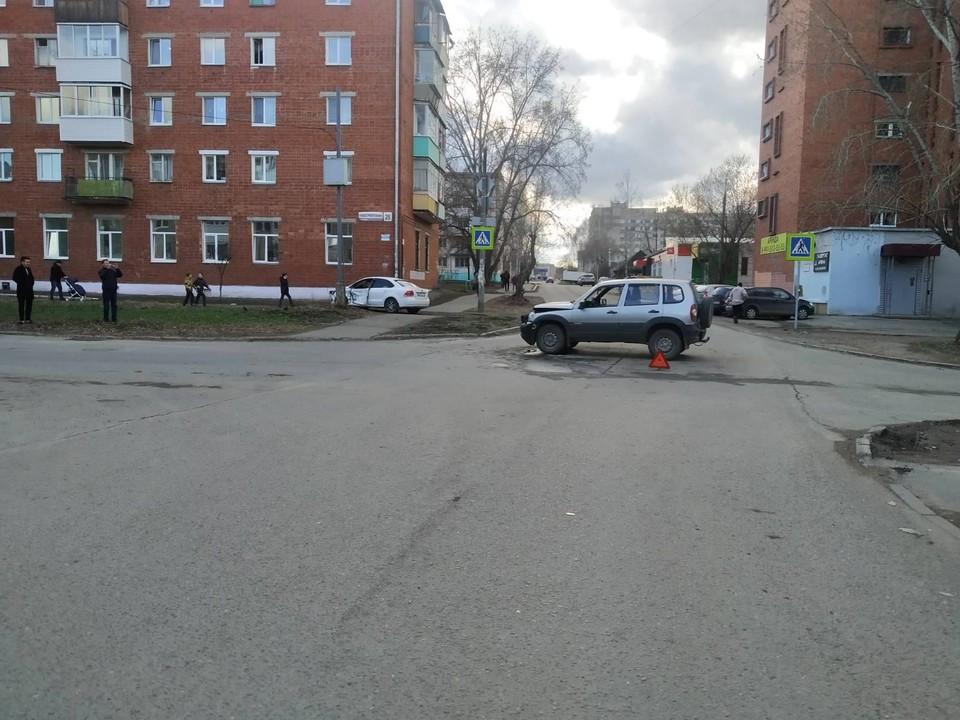 17-летний подросток пострадал в ДТП на перекрестке на улице Новостроительная в Ижевске
