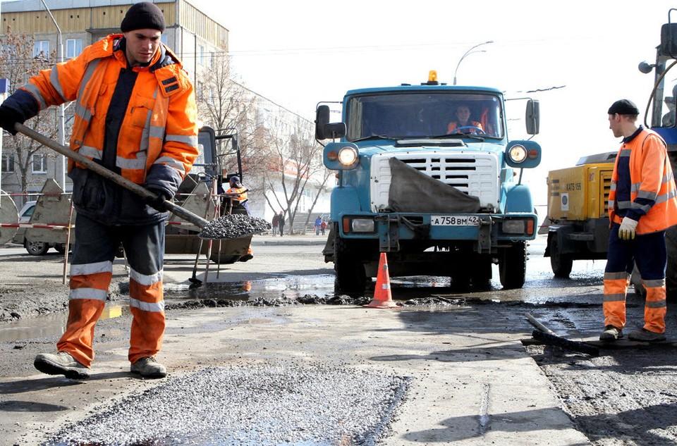 Каждый год в теплый период в Томской области идет восстановление дорог
