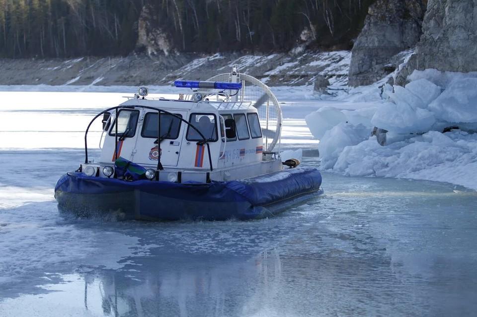 В Красноярском крае из-за ледохода закрыли переправы