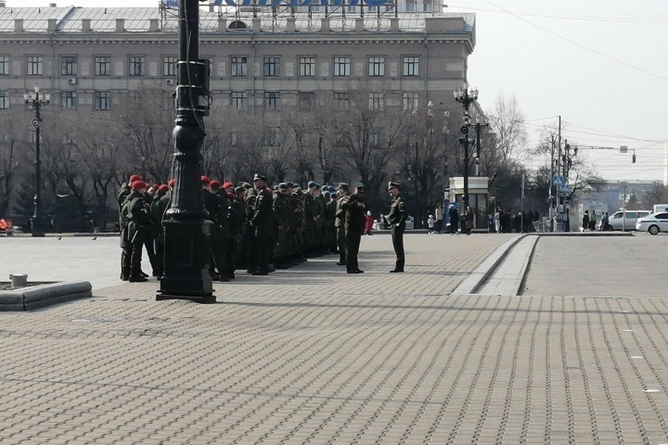 В Хабаровске вновь перекроют дороги для репетиций Парада Победы в 2021 году