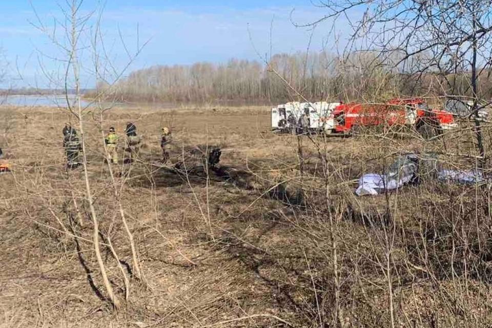 Мотодельтаплан упал в 3,5 километрах от поселка Лямино