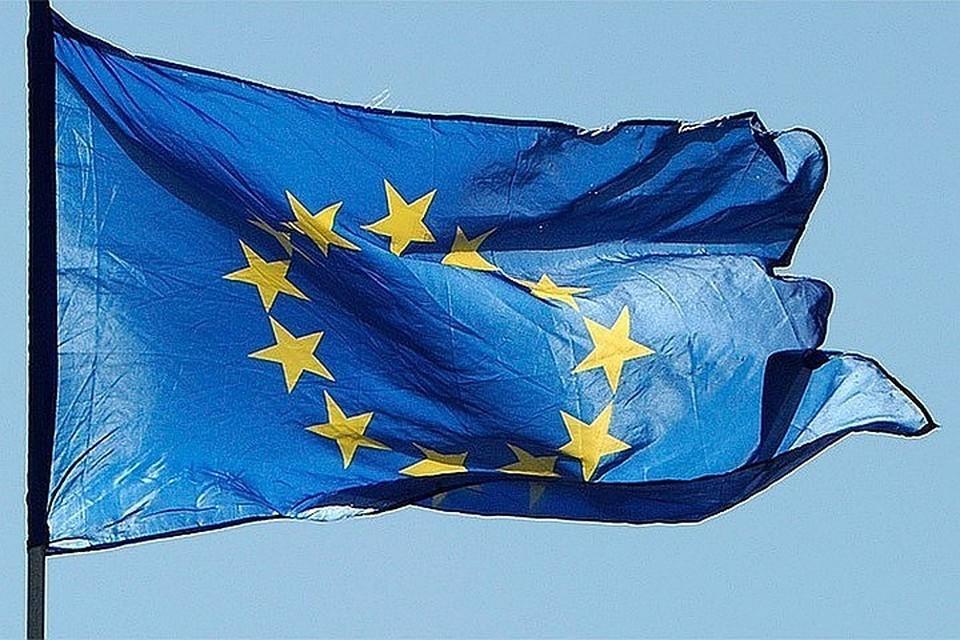 ЕК предложила Евросоюзу разрешить въезд привитым от коронавируса туристам