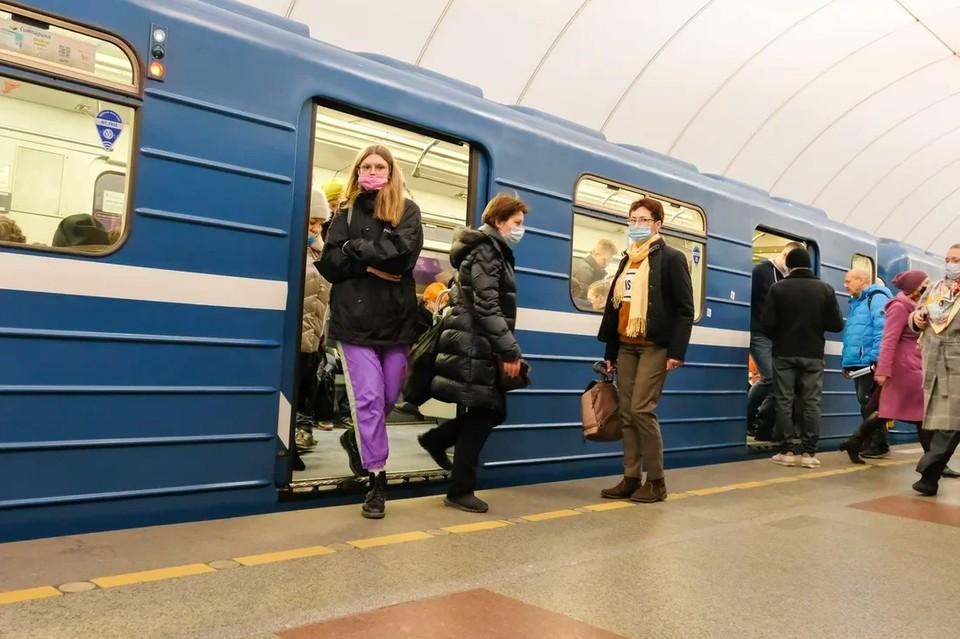 Петербургский метрополитен обыскали на наличие взрывчатки