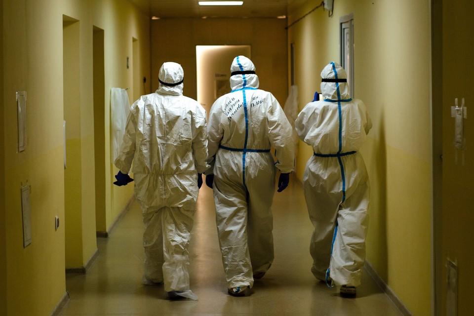 В Челябинской области за сутки выявили 104 новых случаев коронавируса. Столько же человек победили болезнь.