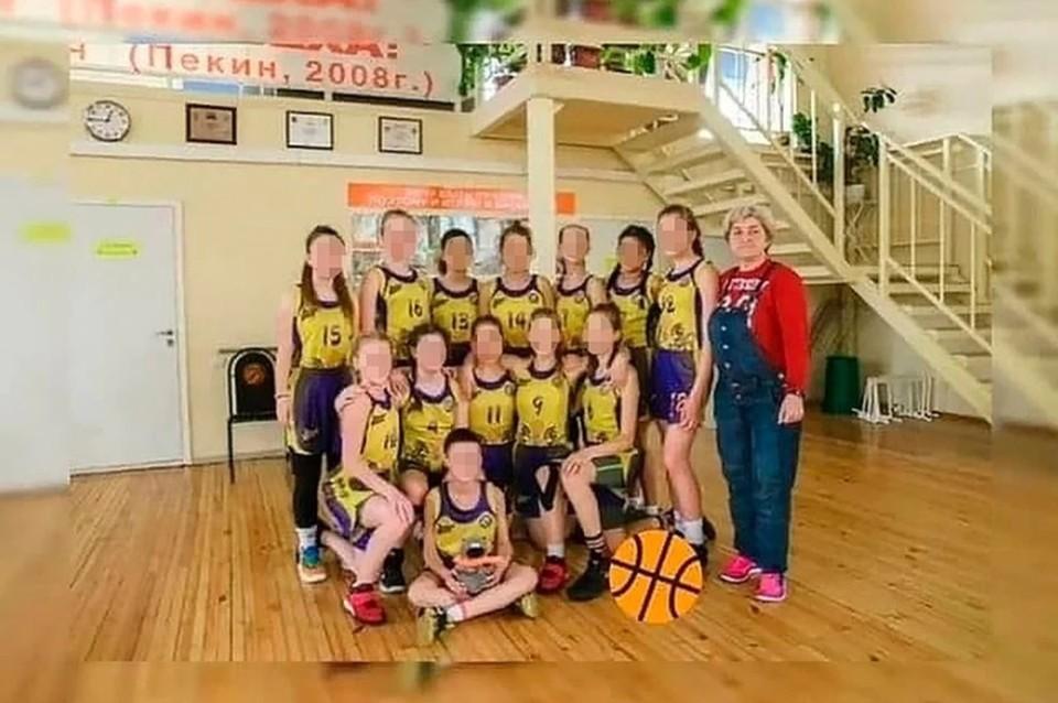 Фото баскетбольной команды девочек из Волгограда, которые разбились в аварии на Ставрополье. Фото: СШОР №2.