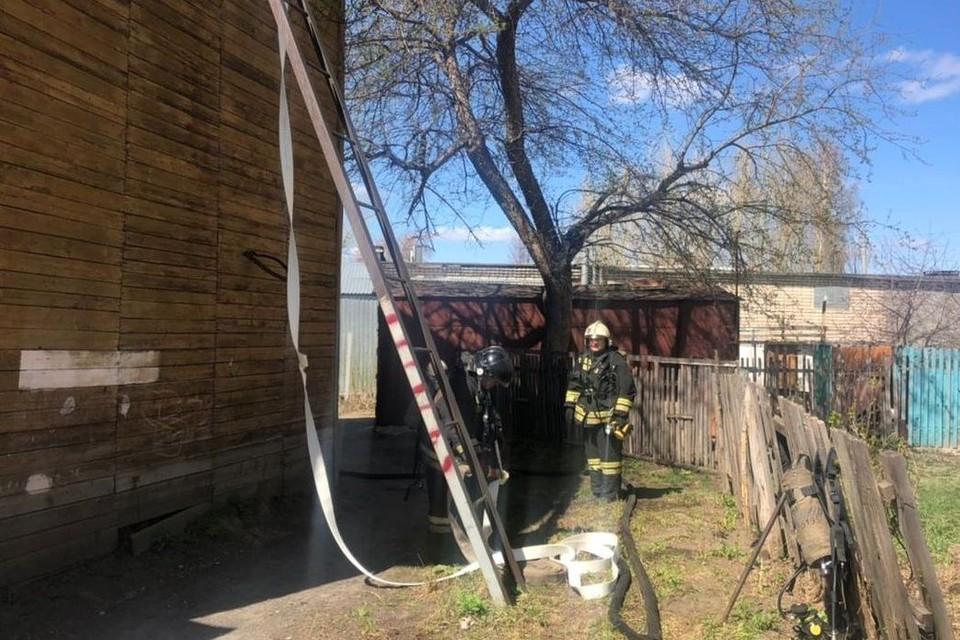 Спасатели эвакуировали нескольких человек