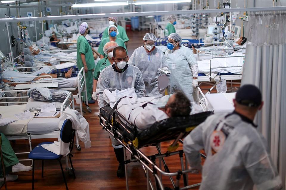 Бразилия продолжает ставить печальные рекорды во время этой пандемии коронавируса.