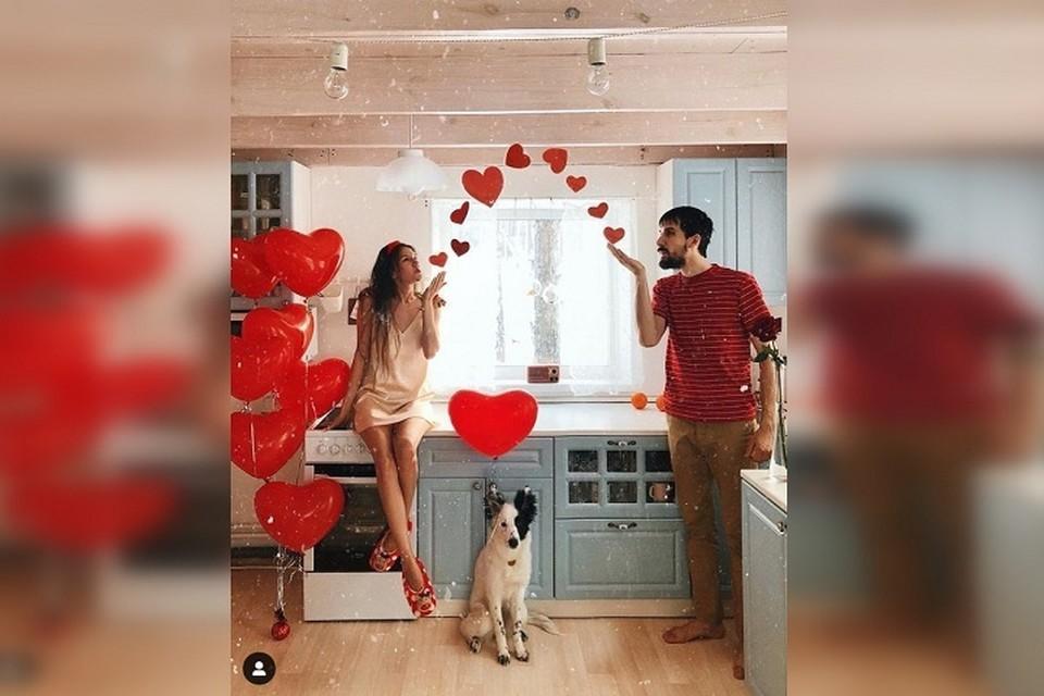 Кристина и Дмитрий часто фотографировались на кухне в своем частном домике Фото: Instagram Кристины Журавлевой